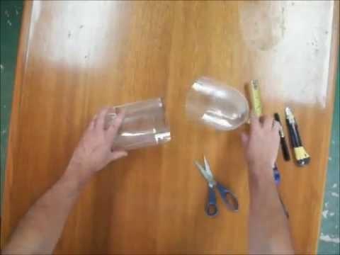 Como fazer um jardim com garrafas pet