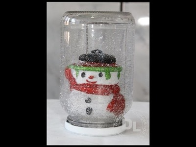 Como fazer globo de neve com vidros reciclavel