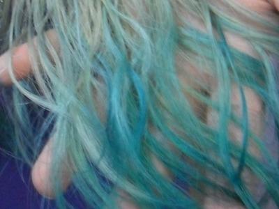 DIY - Cabelo com anilina turquesa (verde - azul petróleo - verde-água)