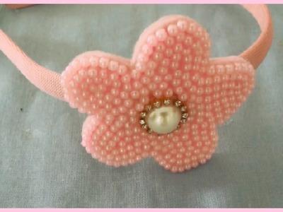 Faça você mesma: tiara com flor de pérolas