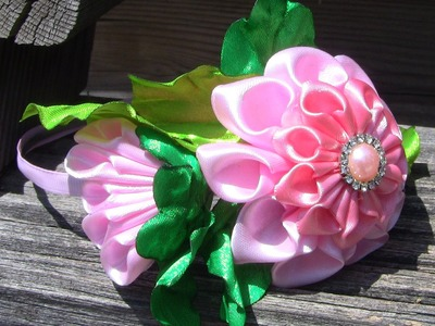 Gigolé com rosas em cetim com botao  Passo a Passo-HOW TO MAKE ROLLED RIBBON ROSES- fabric flowers