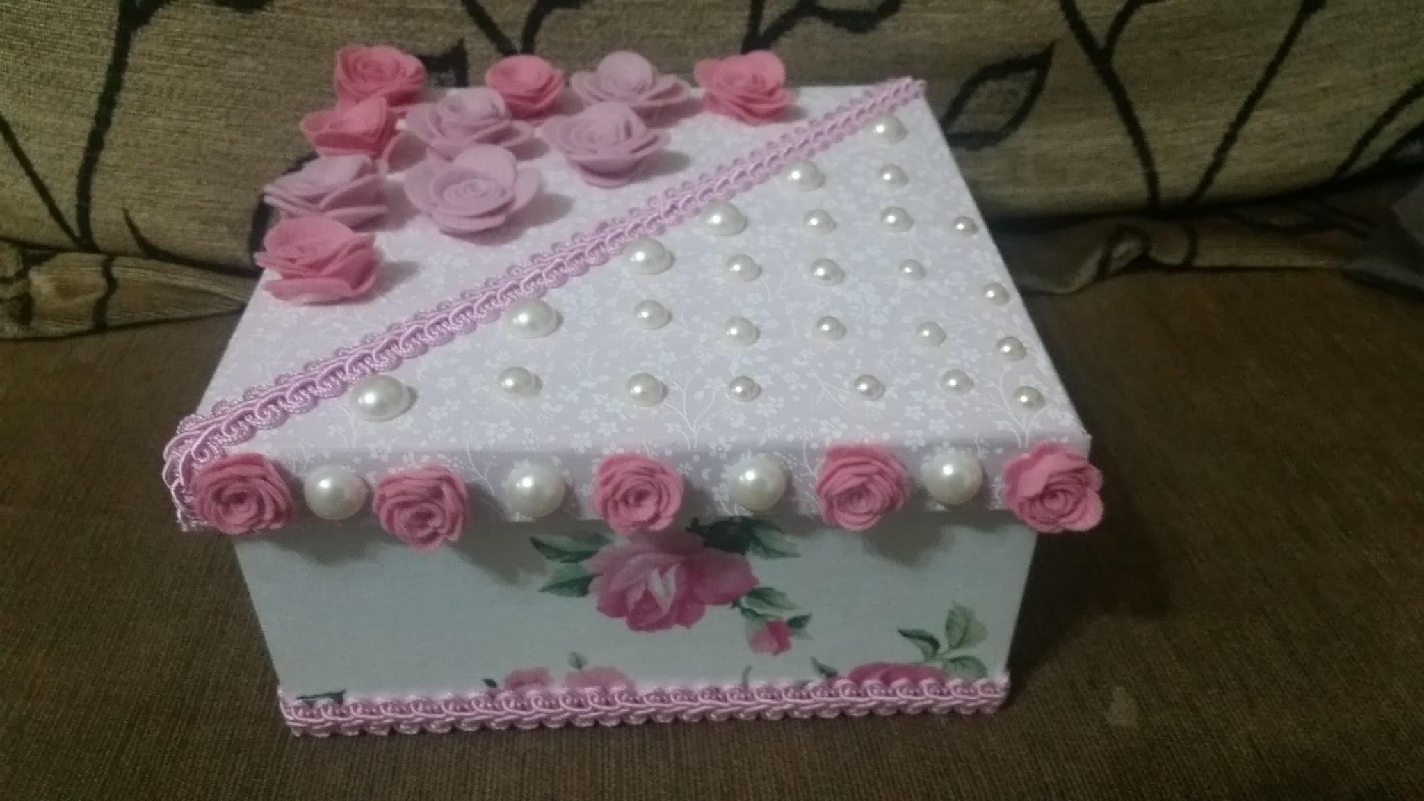 Caixa Personalizada - Pérolas e Flores