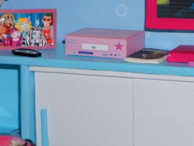 Como fazer DVD Player para boneca Monster High, Barbie, etc