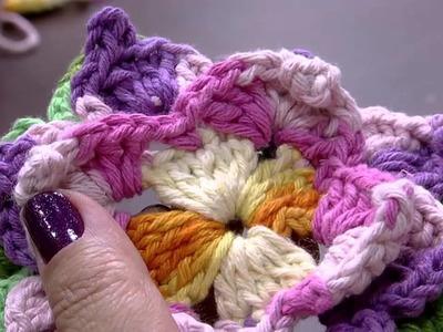 Mulher.com 27.05.2015 Maria José - Flor em crochê para tapete de coração Parte 2.2