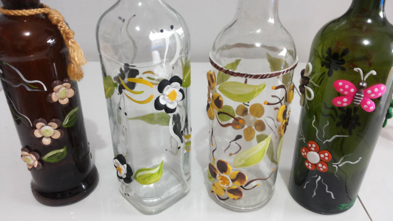 Como decorar garrafas com biscuit e tintas PVA Passo a passo