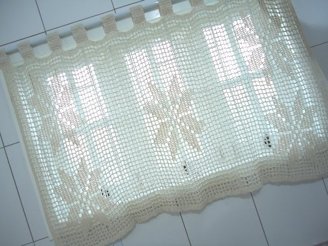 Cortina de Crochê com Barbante em Croche Filé Floral - Aprendendo Crochê