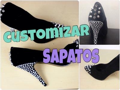 Customização de sapatos com spikes e cristais