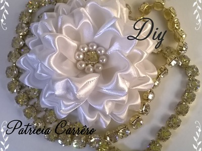 Flor de fita com strass e pérola DIY \ Ribbon flower with rhinestones and pearls DIY