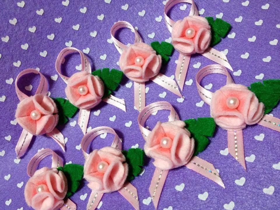 Como fazer Florzinhas em feltro !!!  (- Felt Flower Tutorial . )