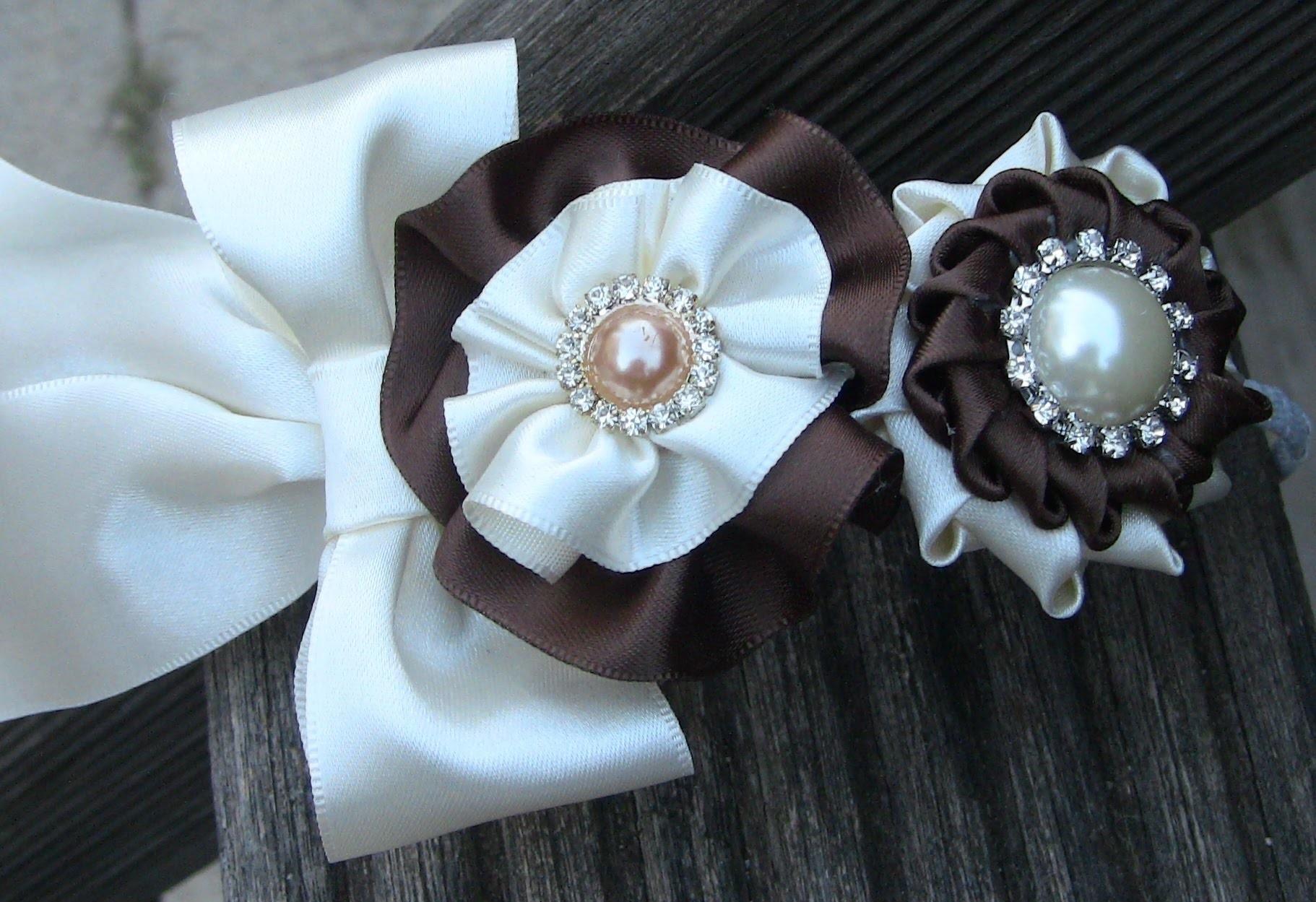 Gigolé com dois modelos de flores em cetim Passo a Passo