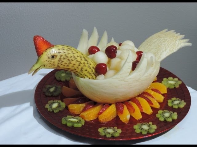 Carving with Melon and Banana By J.Pereira Art Carving Fruit and Vegetables