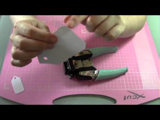 Craft Review 1 - Corner Chomper (WeRMemoryKeepers)