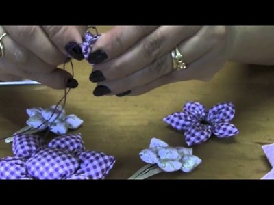 Flor de fuxico com enchimento Passo a Passo - HOW TO MAKE ROLLED RIBBON ROSES- fabric flowers