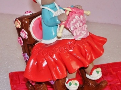 Vovó de Biscuit na Cadeira de Balanço (Como Fazer)