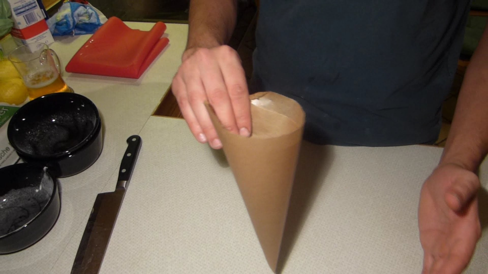 Como fazer Cone de Papel para decoração