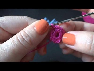 Flor em Feltro com Crochê