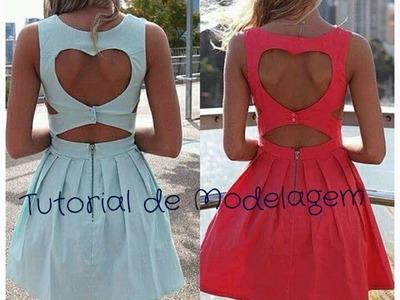 Vestido Recorte Coração - Tutorial de Modelagem Plana
