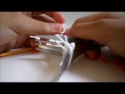 Como fazer morangos com elásticos-com garfos :)