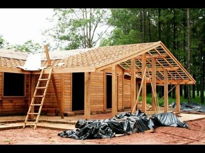 Construção de uma casa de madeira em São Paulo