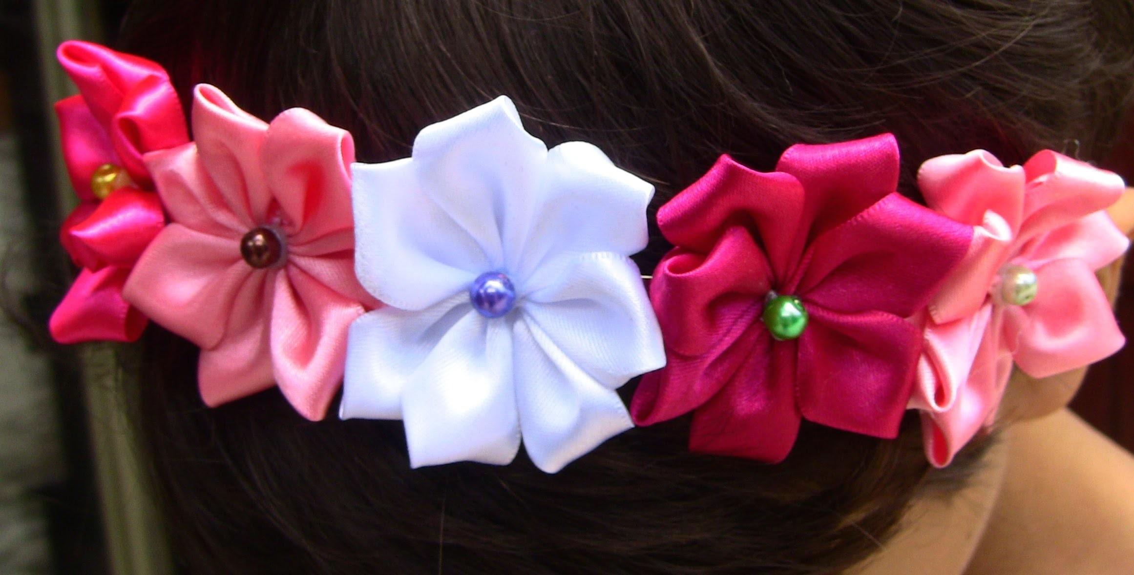 Tiara com Flores de Cetim Passo a Passo - HOW TO MAKE ROLLED RIBBON ROSES- fabric flowers