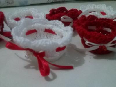 Forminha em crochê para docinhos de casamento e aniversário de 15 anos