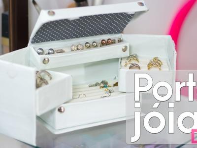 Caixa organizadora de jóias. bijuterias