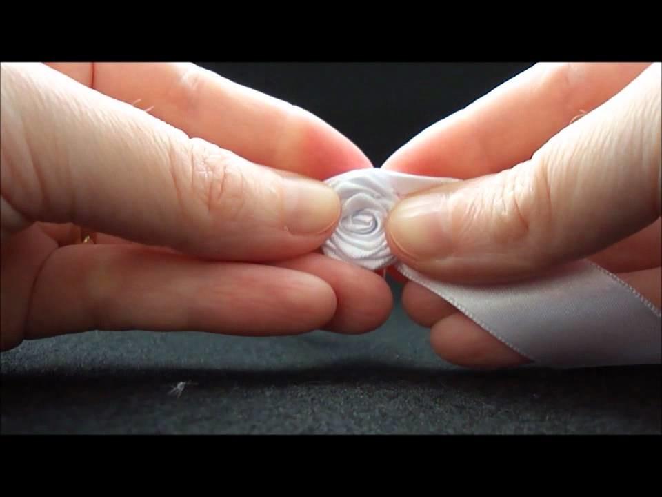 Aprenda a fazer * Rosinhas de Fita * » MulherCatolica.com