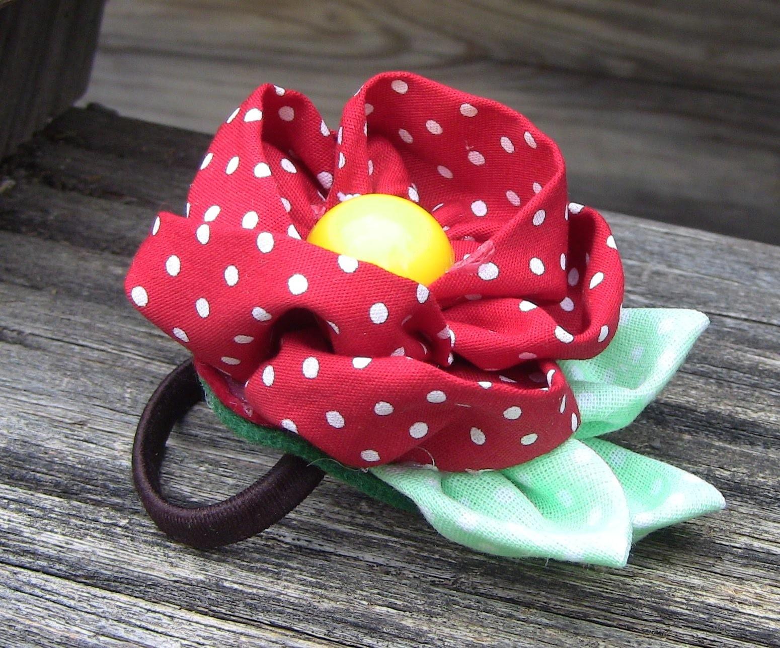 D.I.Y. Liga com rosa de  tecido  - Fabric flower tutorial