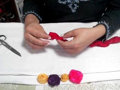 Botão de Rosas de Cetim (Versão1) 3-4