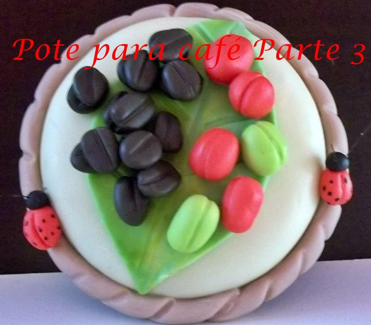 Tampa de Pote para café decorada com biscuit parte 3