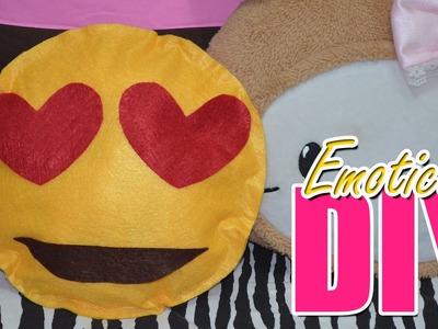 Travesseiro Emoticon Emoji - Faça Você Mesma DIY - Ursula Andress