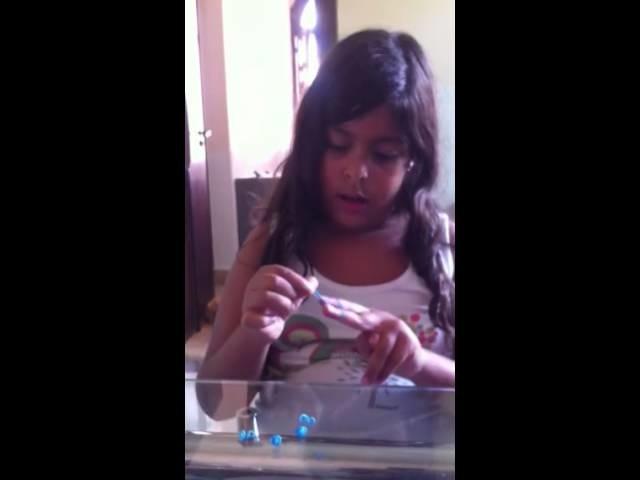 Como fazer uma pulseira rainbow loom