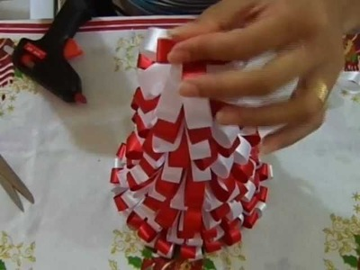 Árvore de Natal com fitas - Virtuosa Artesanato