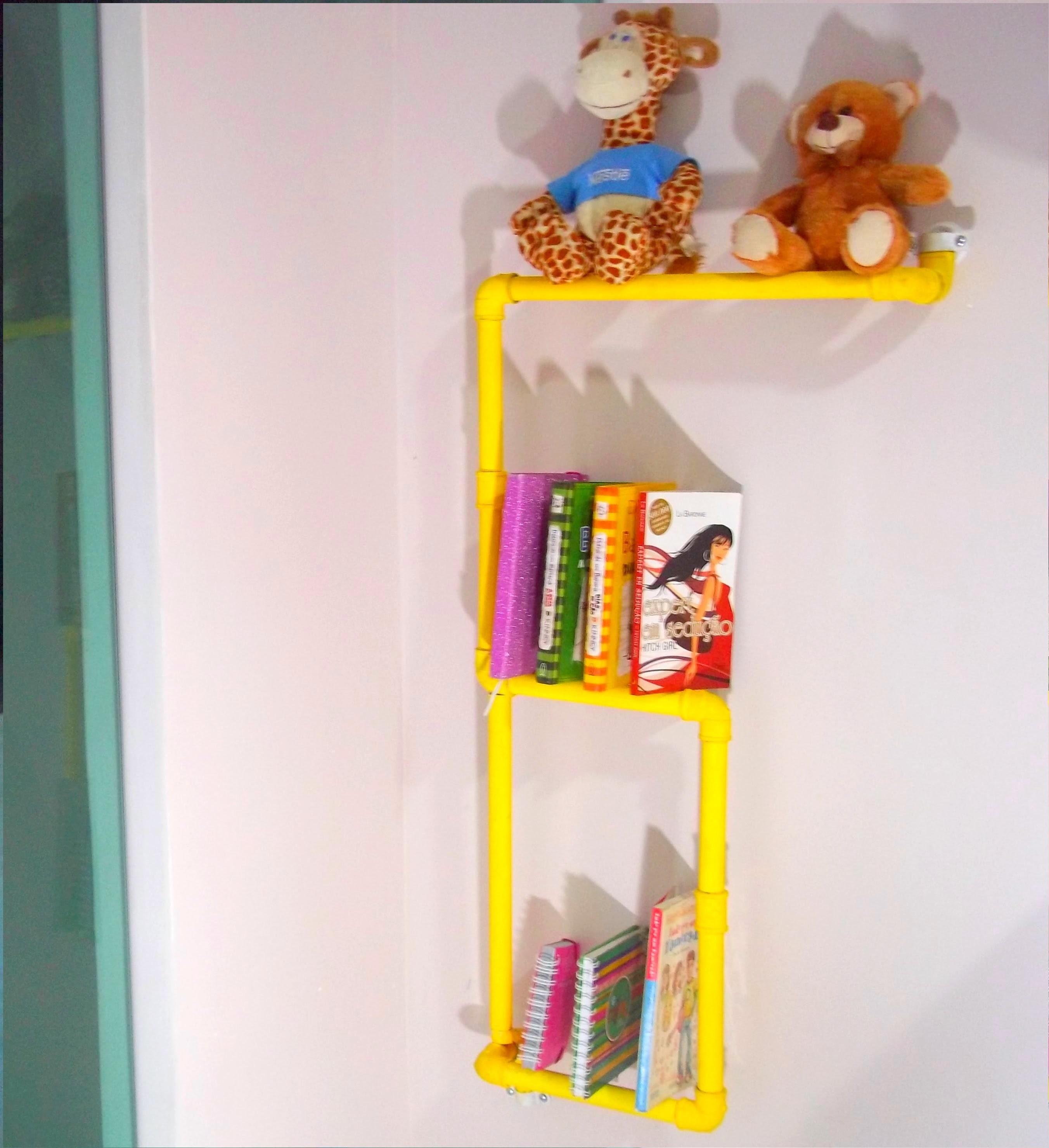 DIY: Faça sua própria estante de Livros. Super barato ❤.
