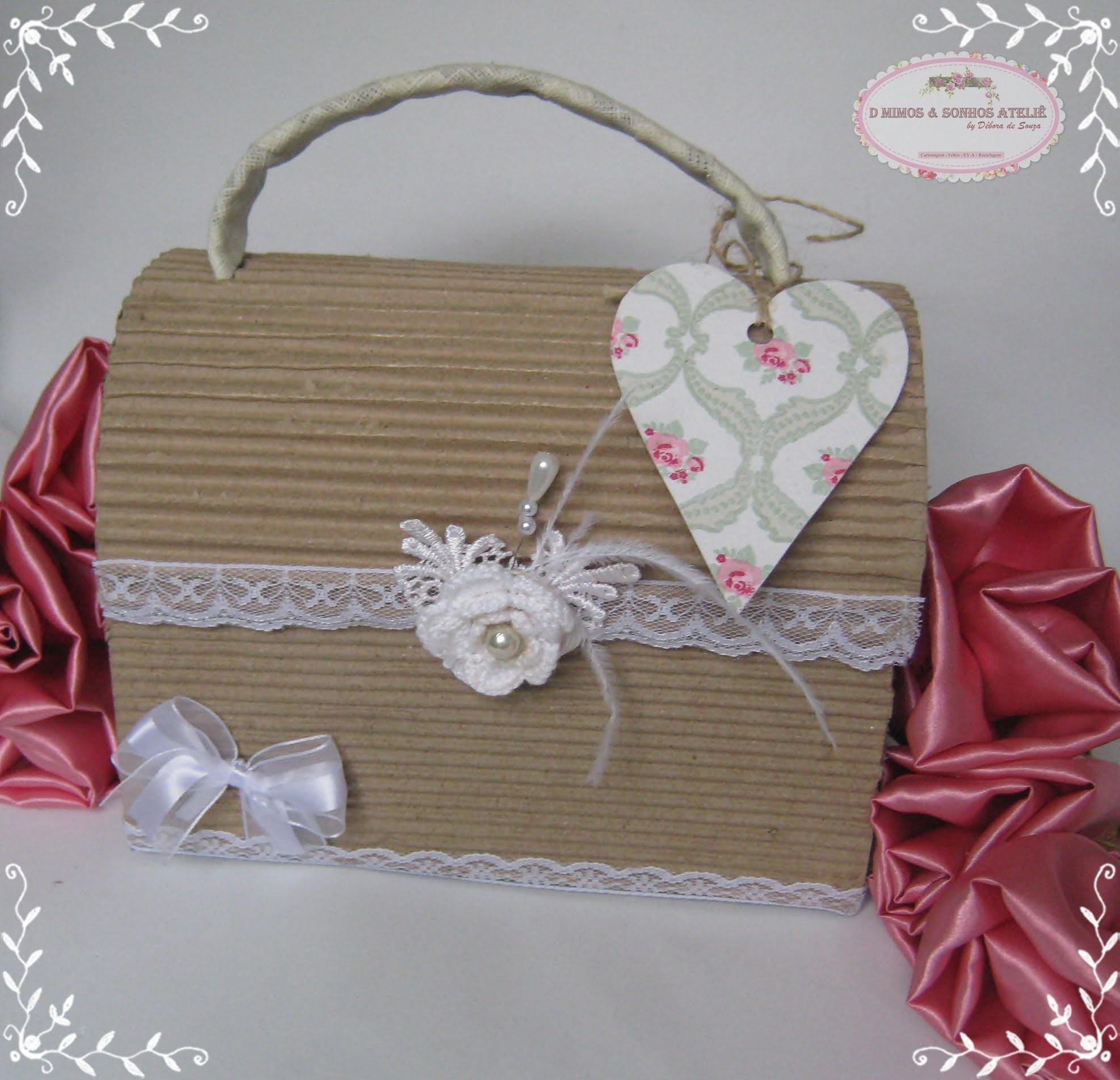 DIY- Maleta Vintage com caixa de papelão