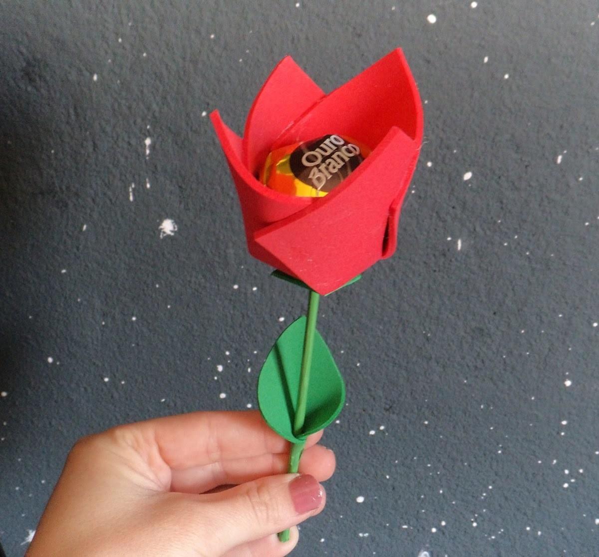 DIY: Tulipa de eva (lembrancinha)