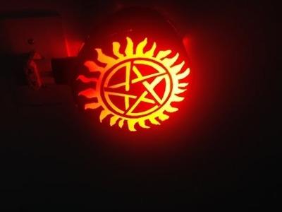 Luminária Supernatural (DIY)