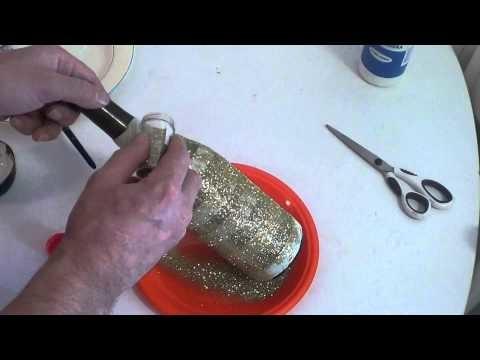DIY Saiba como fazer garrafa decorada com gliter