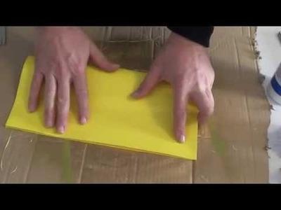 DIY Saiba como fazer arvore de natal em 3D de papel  origami cartolina amarela