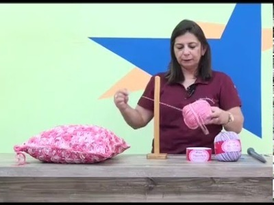Almofada em croche peruano com cisne MultiArte