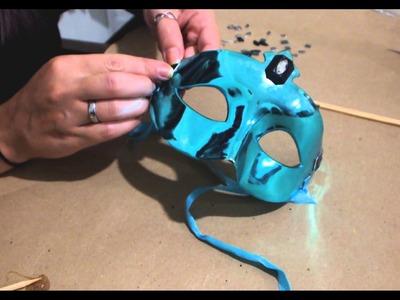 DIY :: Customizando uma Máscara de Carnaval