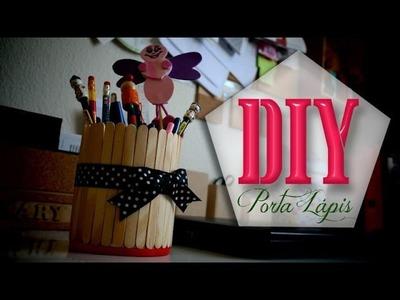 DIY: Porta Lápis com Palito de Sorvete por Renata Nicolau