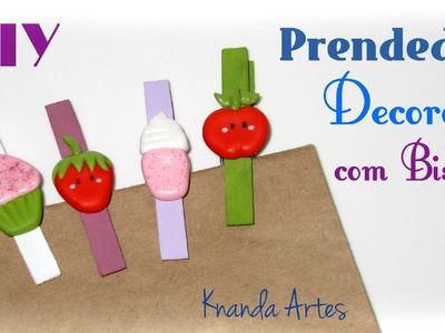 DIY Prendedores decorados com enfeites de Biscuit - Lembrancinhas