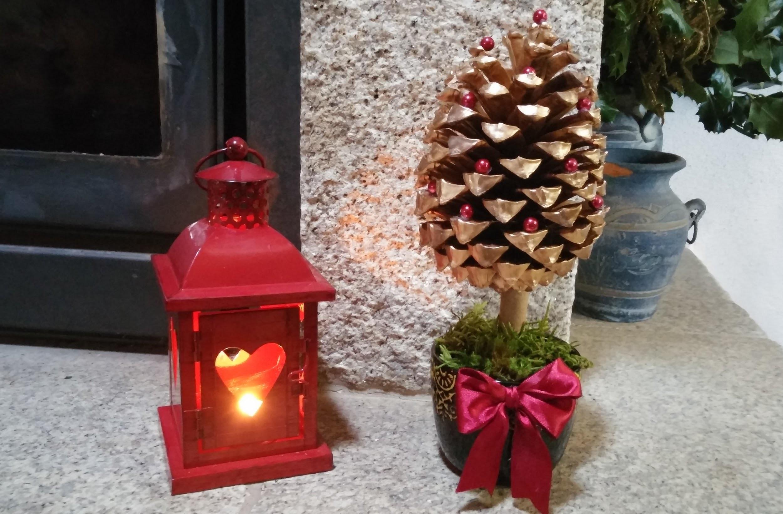 Arvore de Natal feita com pinha - DIY - How to make a pine cone christmas tree
