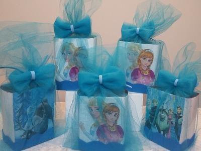 Como fazer caixa lembrancinha do Frozen , com tule e caixa de leite .