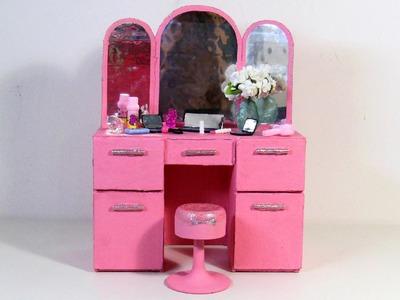 Como Fazer Penteadeira Retrô dos Sonhos para Barbie e Outras Bonecas Usando Papelão