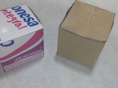 Caixa feita com caixinha de leite para dar como lembrancinha de aniversário ou de natal