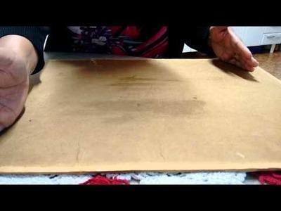 Ensinando a colar o tecido na madeira