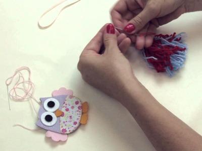 Chaveiro com pingentes de lã e coruja em feltro