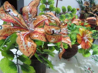 Como fazer flores de tecido